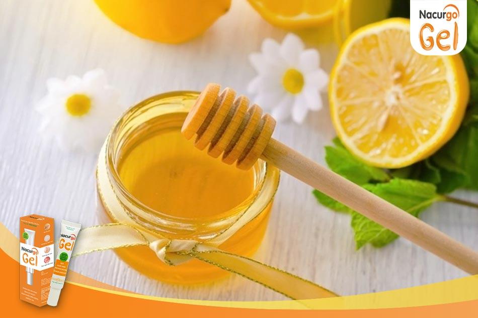 Cách dùng mật ong trị sẹo lõm